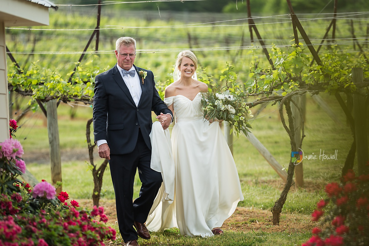Frogtown Cellers Winery Wedding (28)