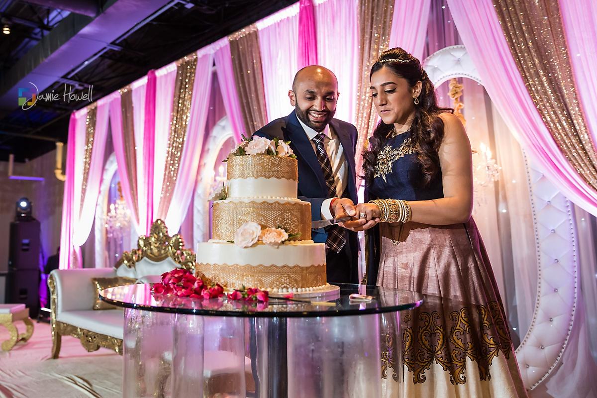 Signature Ballroom Indian wedding reception (23)