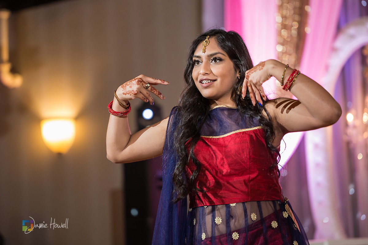 Signature Ballroom Indian wedding reception (29)