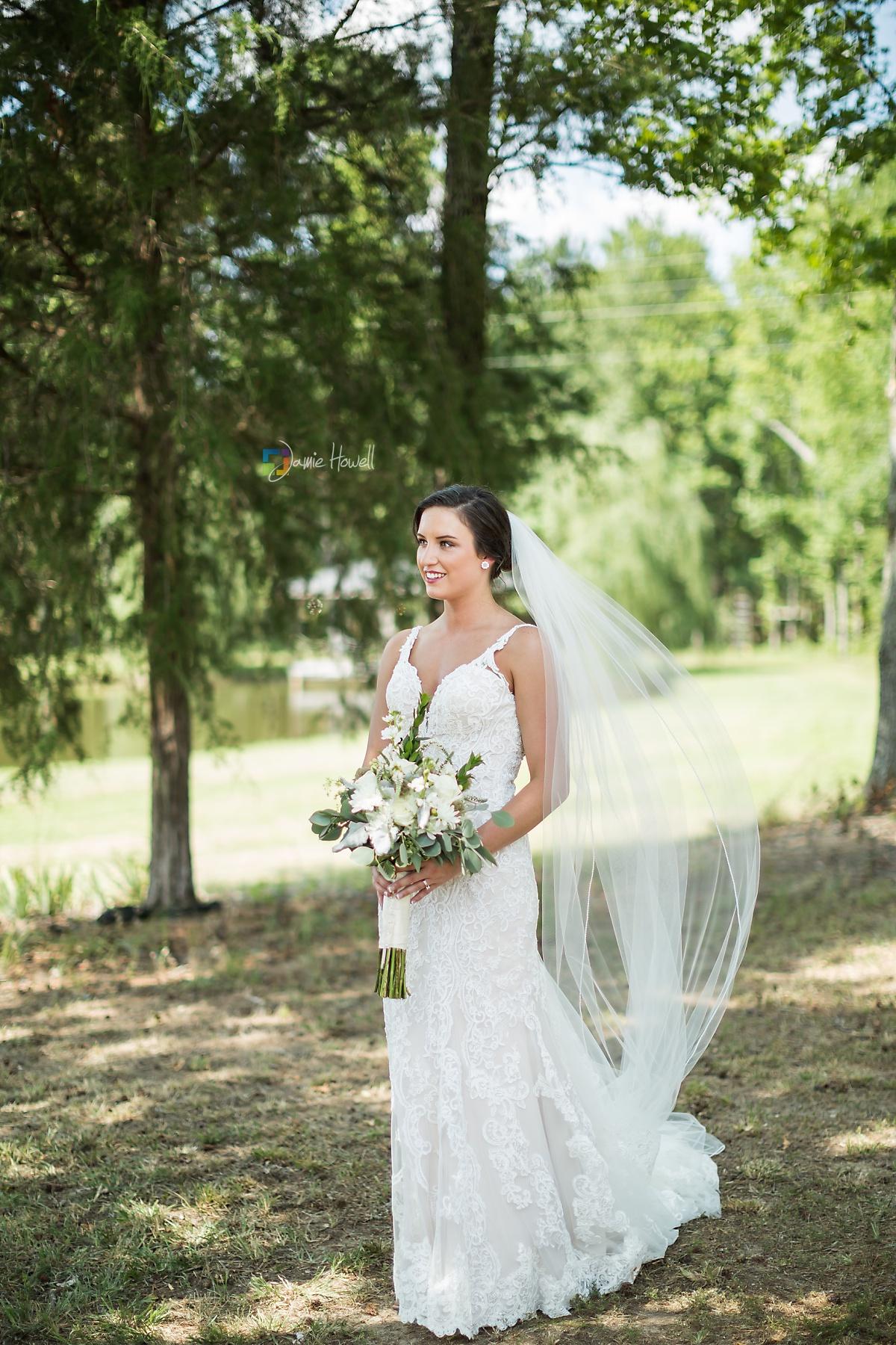 Bridge View Barn Wedding (18)