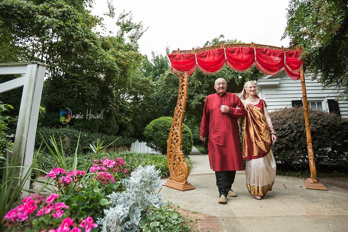Hilton Marietta Conference Center Indian Fusion Wedding (5)