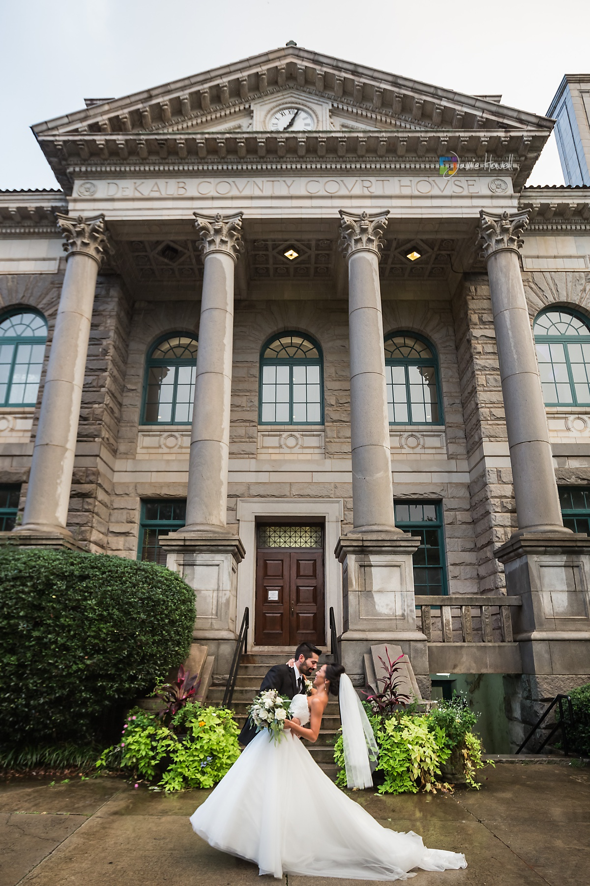 old-decatur-courthouse-wedding-30