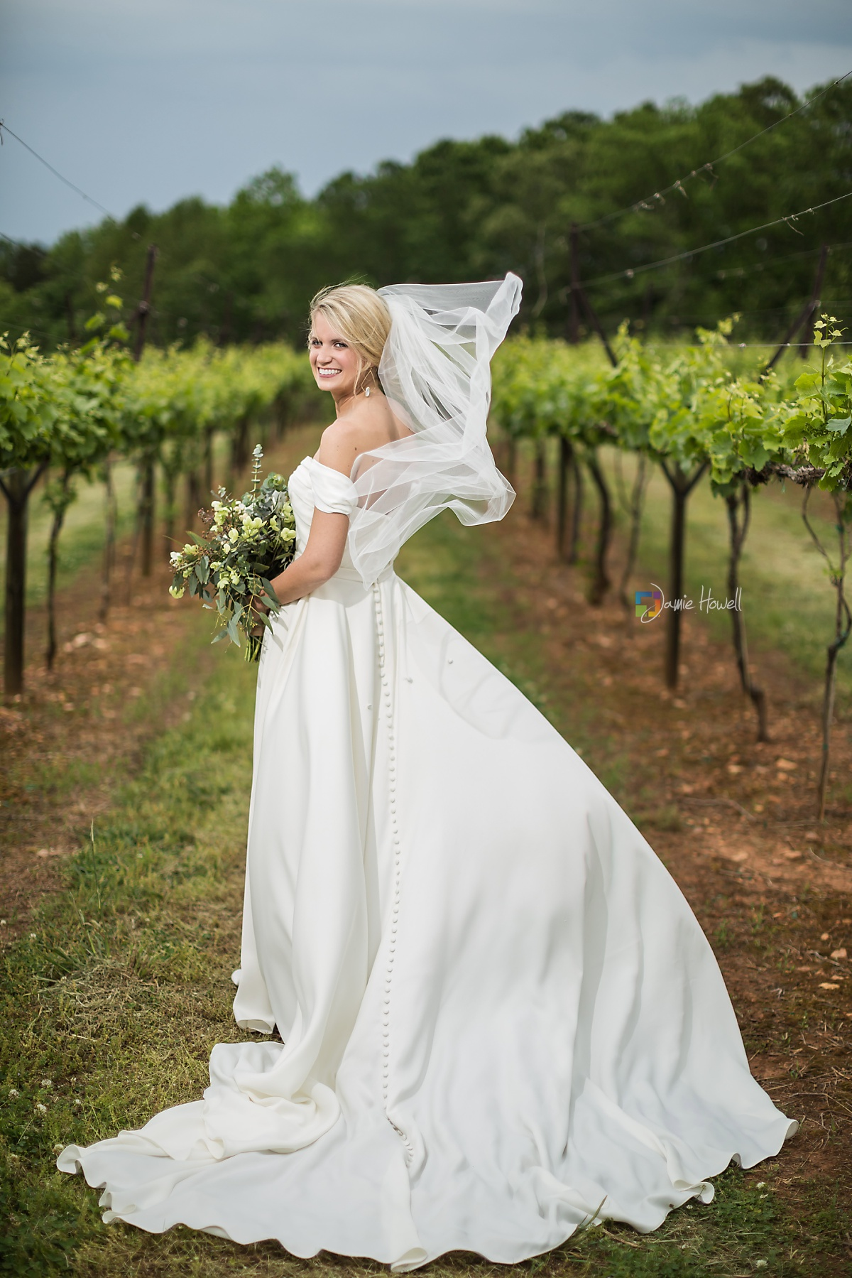 Frogtown Cellers Winery Wedding (18)