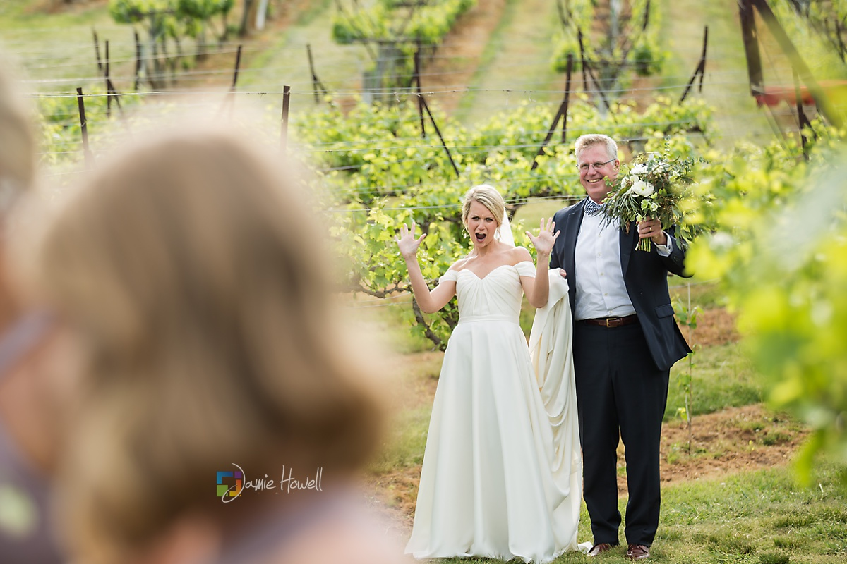 Frogtown Cellers Winery Wedding (27)