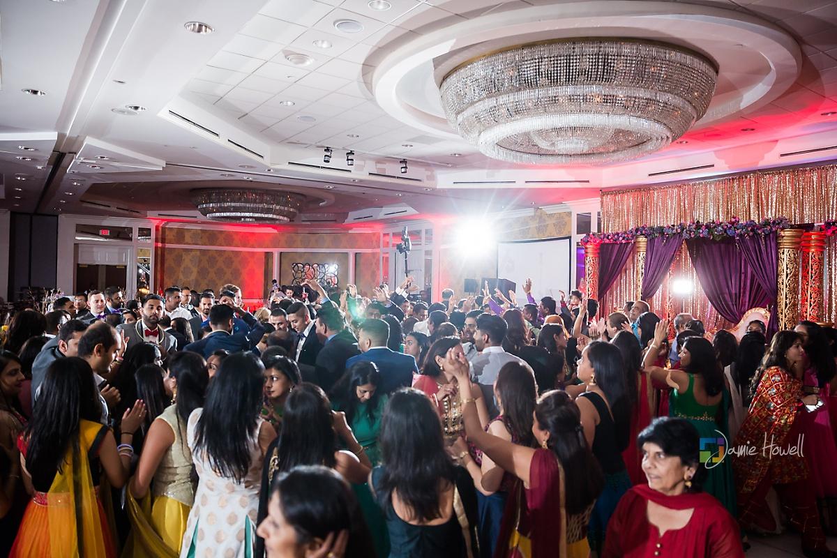 Hilton Charlotte Center South Asian Wedding (73)